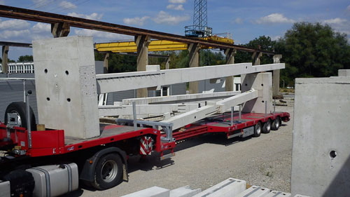 Betonpfeiler Transport